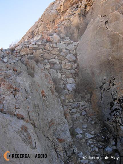 Envans de pedra de Khyungdzong